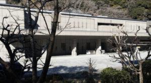 横浜市金沢区「横浜南部斎場」のアクセス詳細と葬儀費用まとめ